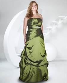flattering bridesmaid dresses for plus size di candia fashion - Bridesmaid Dresses Plus Size Flattering