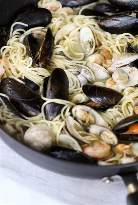 easy seafood pasta  white wine butter sauce