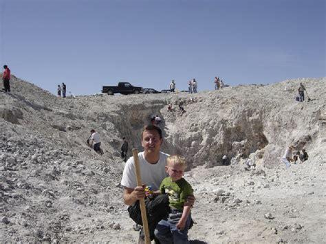 Dugway Geode Beds by Dugway Geode Beds Utah Rock Hounding