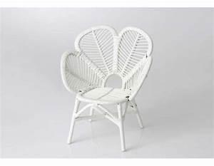 Fauteuil Enfant Pas Cher : fauteuil enfant blanc forme fleur en rotin pas cher ~ Teatrodelosmanantiales.com Idées de Décoration