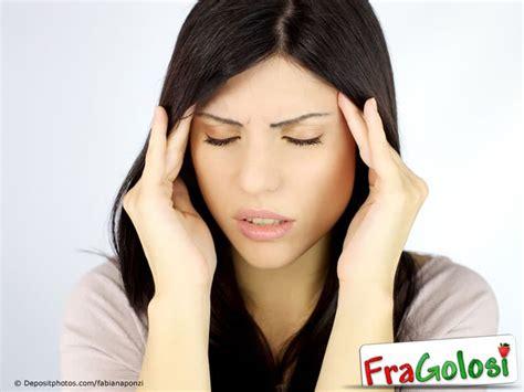 rimedi per far passare il mal di testa le nonne dicevano per far passare il mal di testa