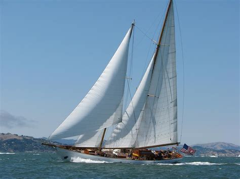 Yacht Eros by Eros 115 Ft Independent Yacht Charter