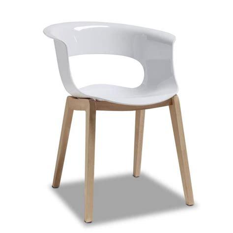 chaise bois et blanc chaise blanche design avec pieds bois achat