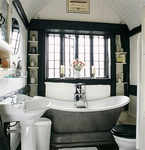 Should I Have A Black And White Bathroom?  Mad About The