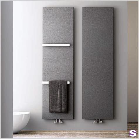 badezimmer heizung handtuchhalter die besten 25 badheizk 246 rper ideen auf badezimmer handtuch heizk 246 rper