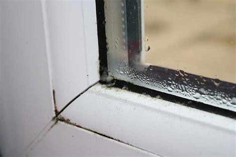 Почему потеют изнутри пластиковые окна в квартире или доме способы устранения проблемы