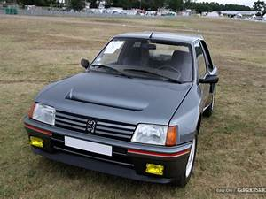 205 Turbo 16 : photos du jour peugeot 205 turbo 16 le mans classic ~ Maxctalentgroup.com Avis de Voitures