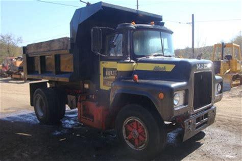 mack dump truck  sale single axil