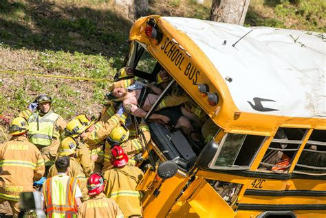 California School Bus Crashes Into Trees Near Golf Course