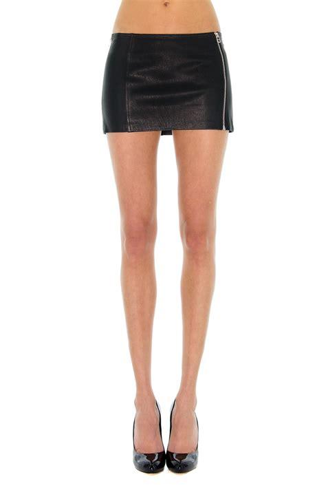 robe de chambre homme courte micro jupe
