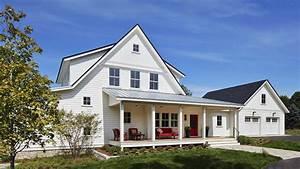 Breathtaking modern farmhouse nestled on a prairie setting