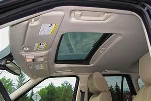 Nettoyer Vitre Voiture : comment bien nettoyer le ciel de toit de votre voiture ~ Mglfilm.com Idées de Décoration