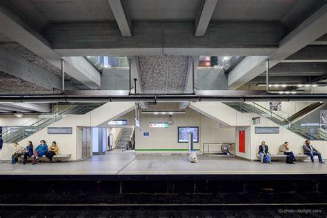 bureau design bruxelles metro bureau chaise de bureau metro bureau en bois
