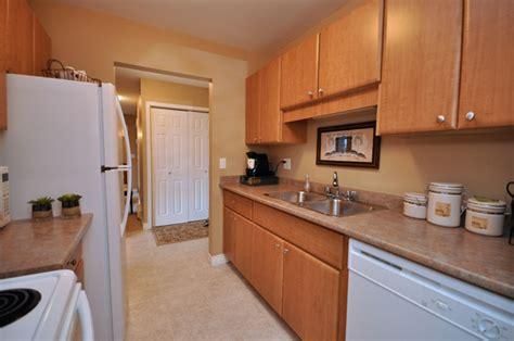 2 Bedroom Apartment Rent Surrey Bc