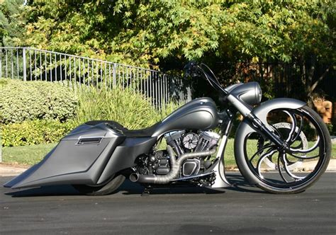 25+ Best Ideas About Bagger Motorcycle On Pinterest