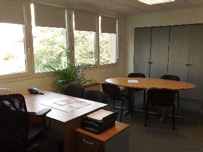 bureau equipe bureau équipé et meublé à louer