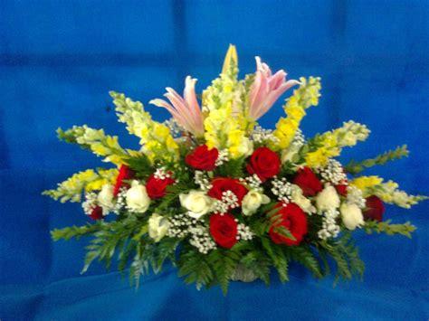 gambar toko bunga surabaya murah meja bouquet
