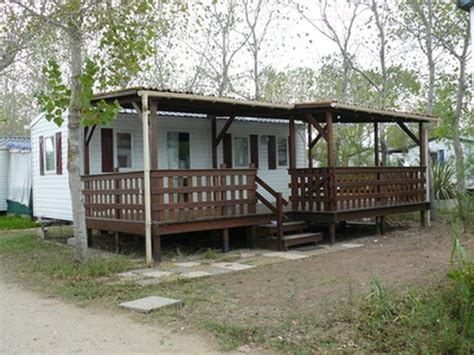 How To Build Covered Porch by How Do I Build A Covered Porch On A Mobile Home Hunker