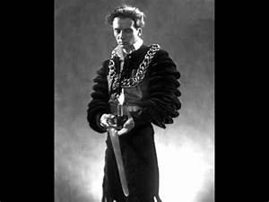 John Gielgud Hamlet   www.pixshark.com - Images Galleries ...