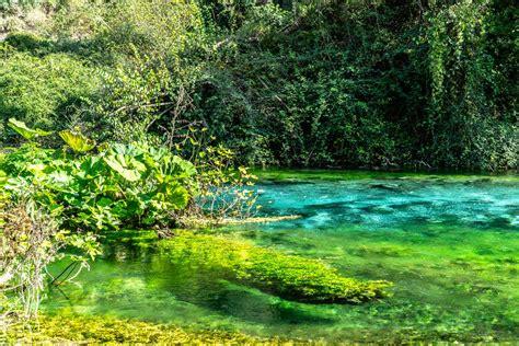 Syri i Kaltër - ein Tagesausflug zum Blauen Auge von Albanien