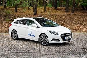 Hyundai I40 Pack Premium : hyundai i40 wagon 1 7 crdi 7 dct premium 2015 test pl youtube ~ Medecine-chirurgie-esthetiques.com Avis de Voitures