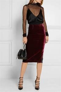 25+ best ideas about Velvet skirt on Pinterest | Tight skirt outfit Dark green skirt and Green ...