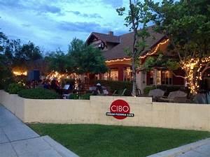 13 Arizona Restaurants With Amazing Patio Dining