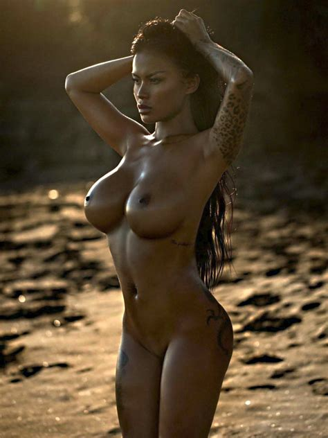 Serliana Rosida Showed Her Pussy For Playboy Slovenia