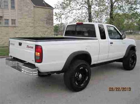 nissan 2000 4x4 find used 2000 nissan frontier xe king cab 4x4 4 cylinder