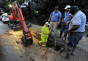 Raw Video: Physical plant department fixes water main bust ...