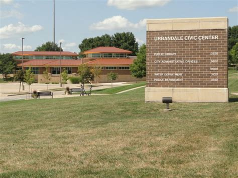urbandale residents  allowed  raise chickens