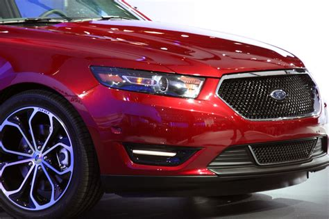 world car wallpapers  ford taurus