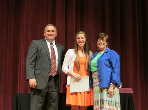 carroll furlong memorial scholarship barren county school district