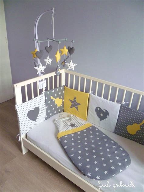 chambre bebe etoile best 25 yellow baby rooms ideas on baby room