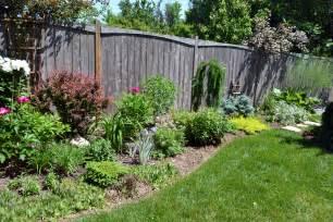 best shrubs for small gardens top ten shrubs for ottawa gardens 10 ottawa garden design