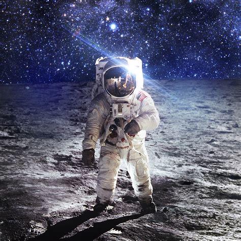 ao astronaut space art moon dark papersco