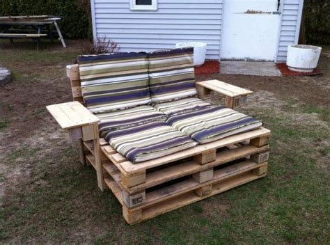 27 of the worlds best ways to transform pallets into