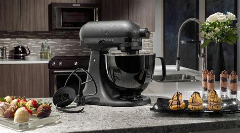 kitchenaid legt zeitloses sammlerstueck auf