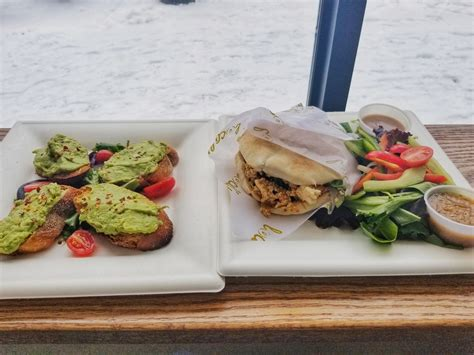 Последние твиты от toast coffeehouse (@toastcoffeehous). Avocado Toast and Scramble Our Way on Pita at... - Dude, Step Away From The Pizza!