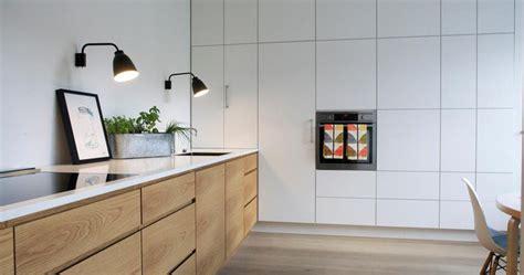 plan de cuisine bois plan de travail céramique offrant une résistance inégalée