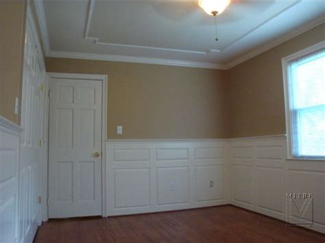 wainscoting  raised panels mitre contracting