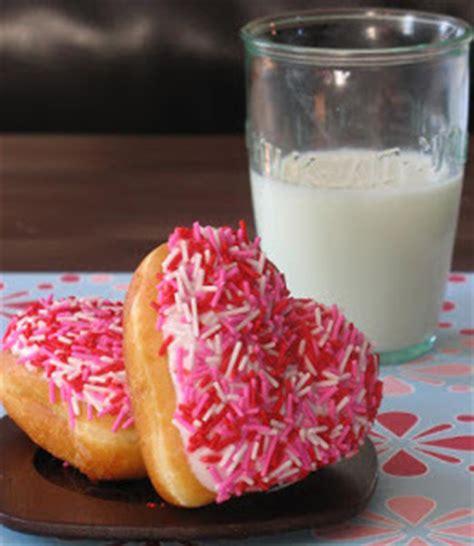 copycat krispy kreme heart shaped doughnuts