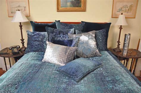 Kevin O'brien Home Decor : Snakeskin Shark Velvet Bedding