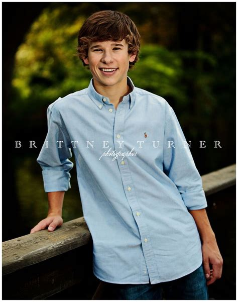 30 best Senior Portrait Clothing Ideas images on Pinterest | Senior picture poses Senior ...