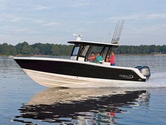 Florida Boating Test Review by Robalo R302 Boat Review Test Salt Water Sportsman