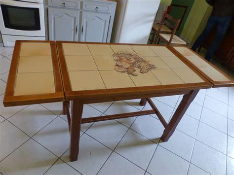 table cuisine carrel馥 achetez table de cuisine occasion annonce vente à cuon 49 wb156063643