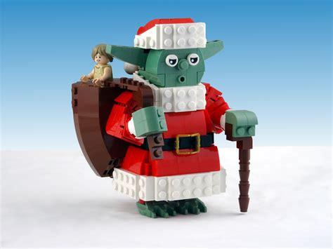 Santa Yoda - HelloBricks