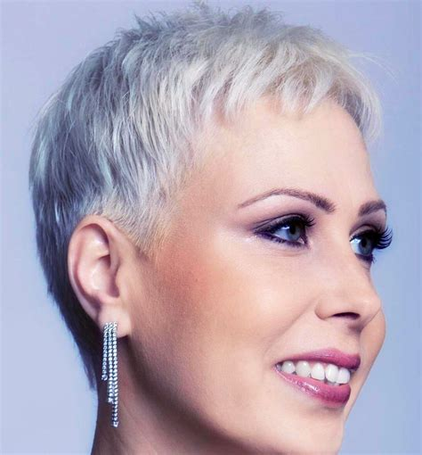 Pixie Hairstyles For Gray Hair by Pixie My Favourite Cut Of All Time Hair Hair