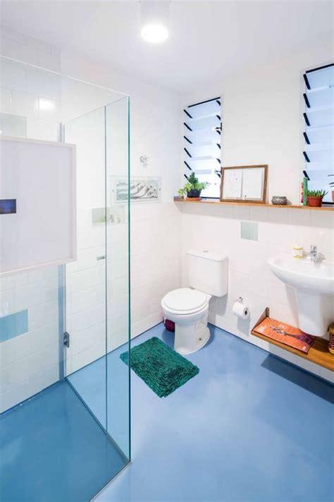 pavimento colorato come dipingere il bagno idealista news