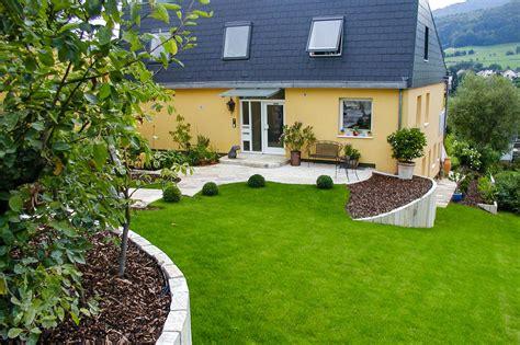 Garten Ebenen Gestalten by Hangbefestigungen B 246 Cherer Gartenbau